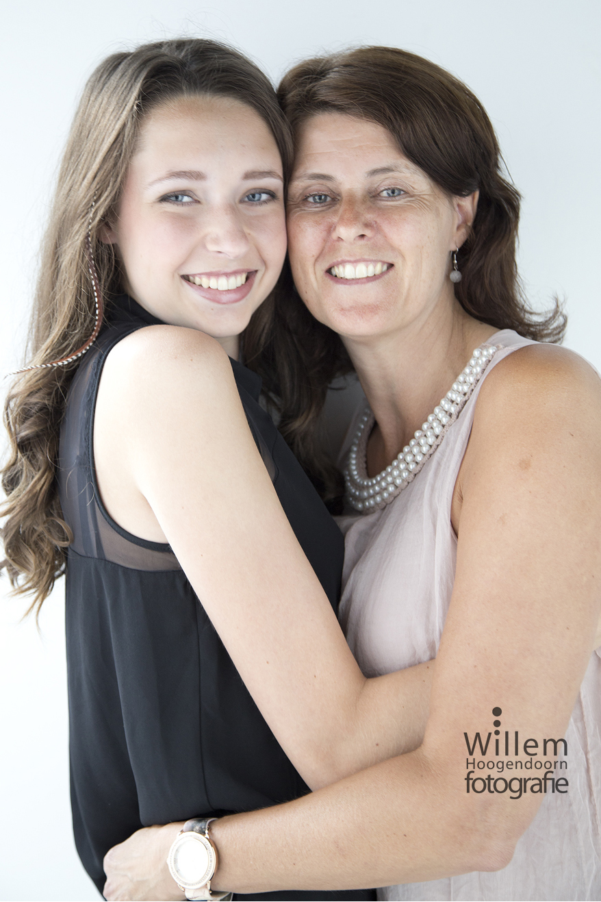 glamour fotografie moeder en dochter leukste uitje voor vrouwen Willem Hoogendoorn Fotografie Woerden