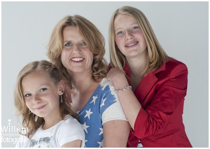 glamourfotografie glamour fotografie fotoshoot glamour Willem Hoogendoorn Woerden uitje vrouwen moeder dochter
